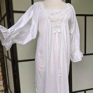 saybury Intimates & Sleepwear - Vintage Saybury White Lace Trim Cotton Nightgown